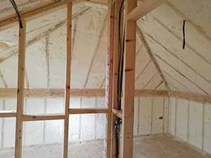 the benefits of spray foam attic and wall insulation